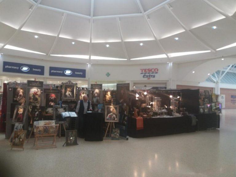 Serpentine Square Shopping Centre