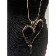 open-heart-necklace-2