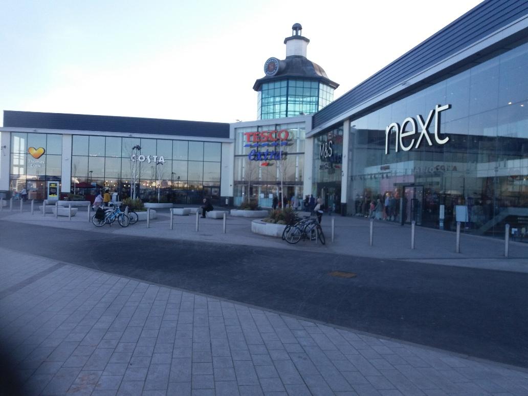Serpentine Green Shopping Centre
