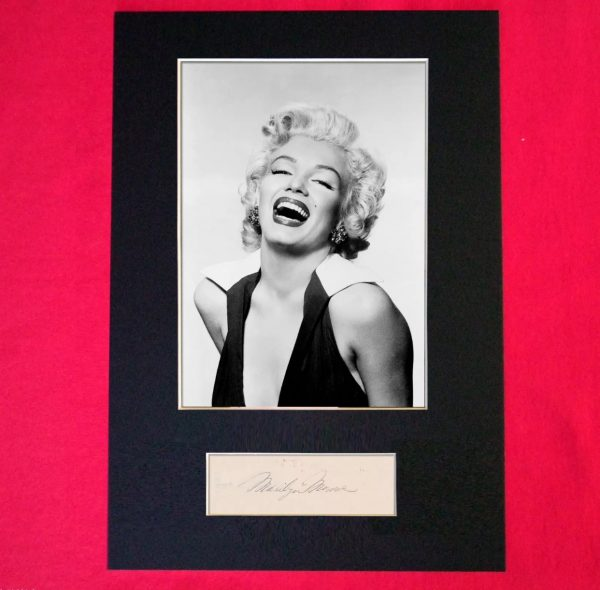 Marilyn Monroe Signed Reproduction Print